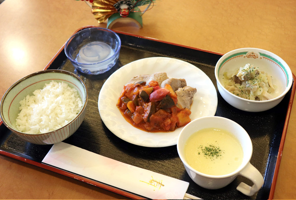 元日夕食|東京湾岸リハビリテーション病院