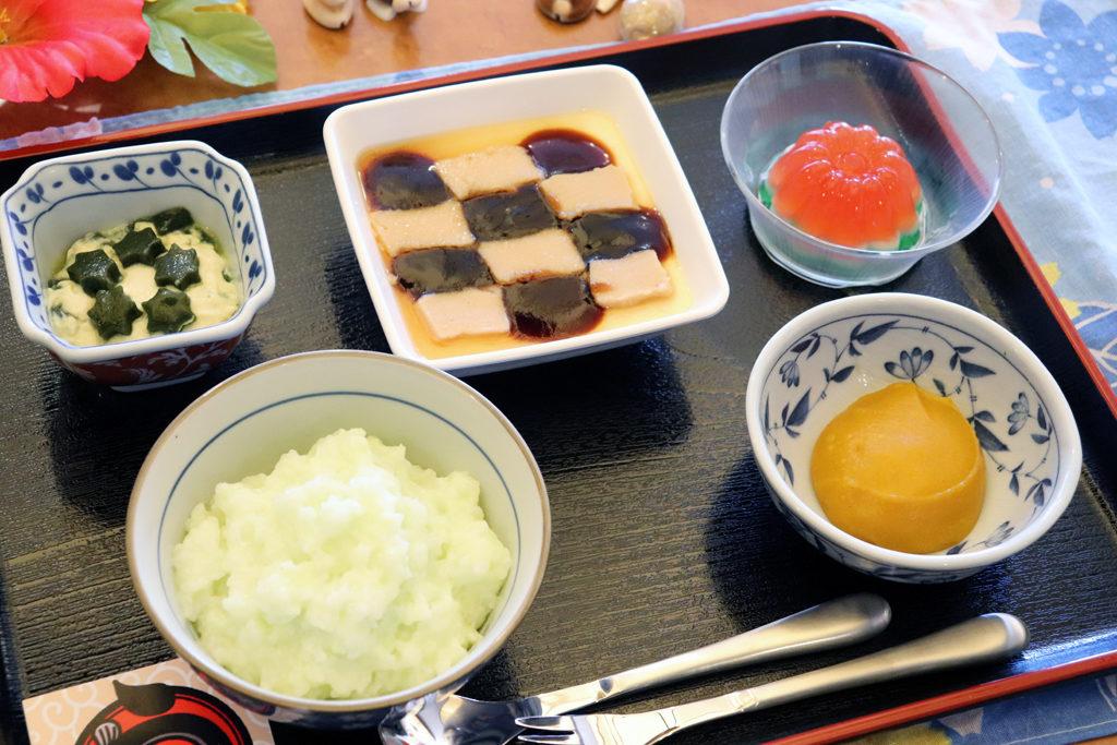 嚥下行事食(21年8月)